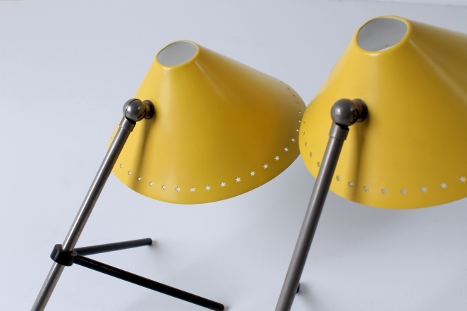 pinocchio-pinokkio-hala-busquet-vintage-table-light-die-cut-stars-dutch-design-cencity-yellow-shade-c