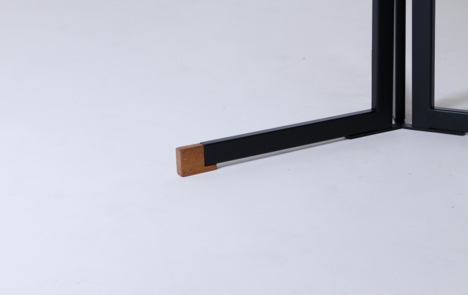 polak-ap-ap103-originals-hein-salomonson-round-dining-dinner-table-dutch-industrial-design-formica-tripod-minimalist-modernistic-furniture-goed-wonen-4