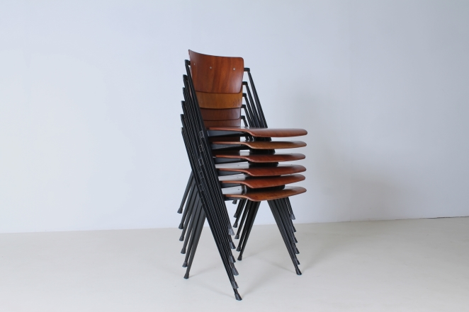 pyramid-chairs-no-armrests-without-wim-rietveld-friso-kramer-ahrend-de-cirkel-dutch-design-stacking-chairs-6