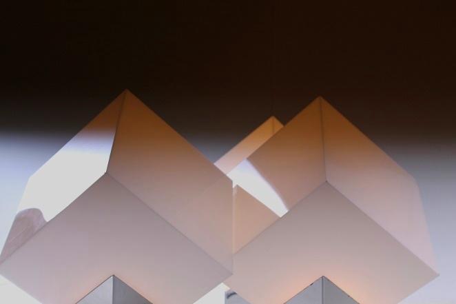 raak-cube-kubus-large-floor-light-space-age-seventies-modern-dutch-design-designer-classy-loft-willy-rizzo-style-interior-2