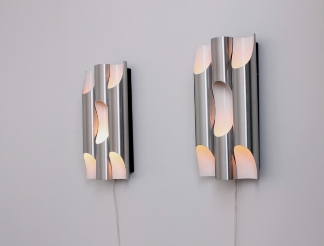raak-fuga-set-big-fugue-c-1639-decoration-wall-sconces-aluminium-organ-pipes-design-vintage-dutch-1