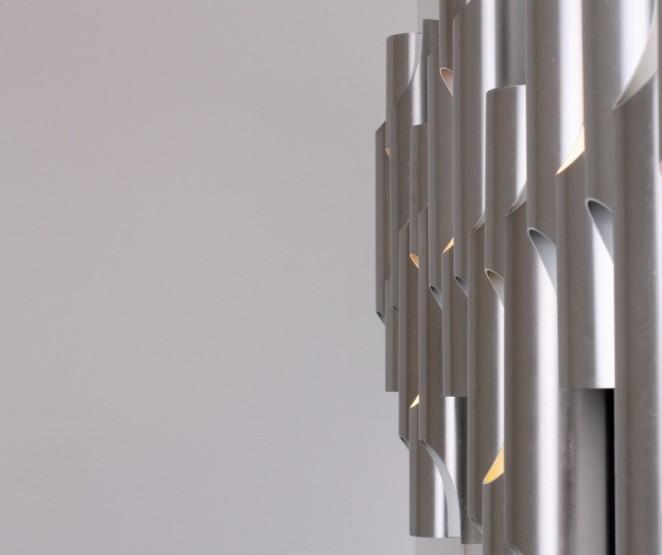 raak-fuga-set-big-fugue-c-1639-decoration-wall-sconces-aluminium-organ-pipes-design-vintage-dutch-10