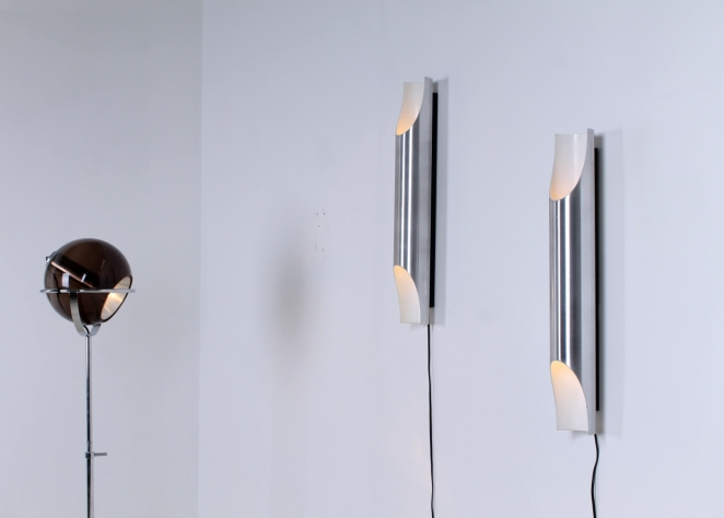 raak-fugue-wall-lighting-lights-pair-big-large-xl-edition by-1970-design-maija-liisa-komulainen-design-holland-amsterdam-vintage-pipes-aluminium-1
