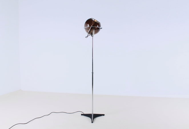 raak-globe-frank-ligtelijn-dutch-lighting-design-lampadaire-smoked-glass-globe-original-vintage-2
