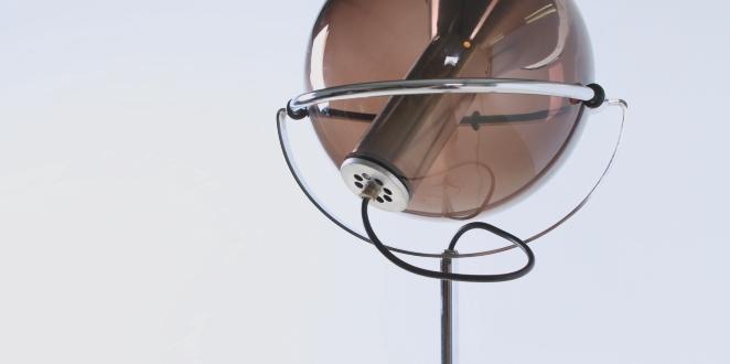 raak-globe-frank-ligtelijn-dutch-lighting-design-lampadaire-smoked-glass-globe-original-vintage-6