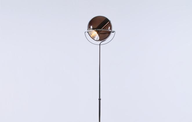 raak-globe-frank-ligtelijn-dutch-lighting-design-lampadaire-smoked-glass-globe-original-vintage-9