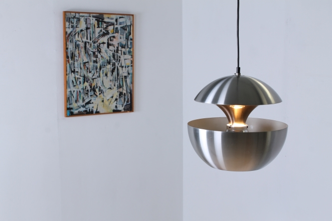 raak-springfontein-fountain-aluminium-bertrand-balas-1970-vintage-pendant-big-dutch-design-retro-fixture-hanglamp-bol-globe-2