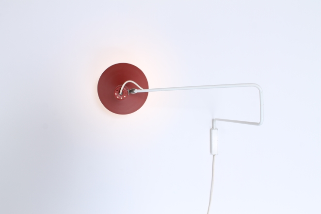 red-pair-elbow-paperclip-hoogervorst-anvia-adjustable-wall-lights-748-08-fifties-modernist-midcentury-lighting-dutch-design-colors-2