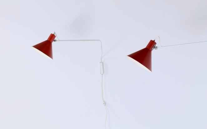 red-pair-elbow-paperclip-hoogervorst-anvia-adjustable-wall-lights-748-08-fifties-modernist-midcentury-lighting-dutch-design-colors-3
