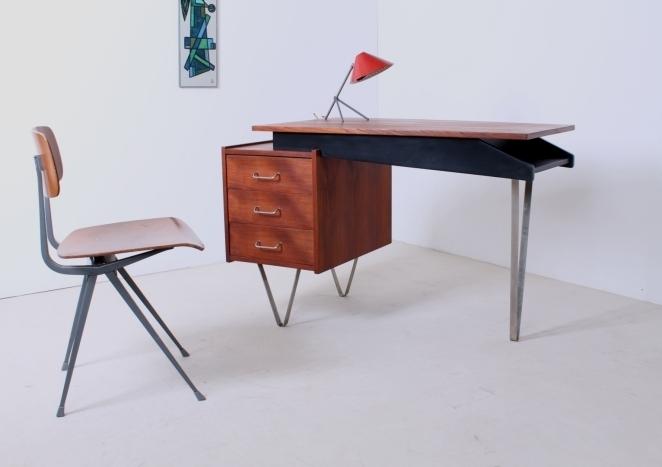 skrivebord-Schreibtisch-writing-desk-kirjoituslipasto-scrivania-biurko-pastoe-cees-braakman-furntiure-meble-meubles-mobili-tavolo-table-Tabelle-fifties-design-1