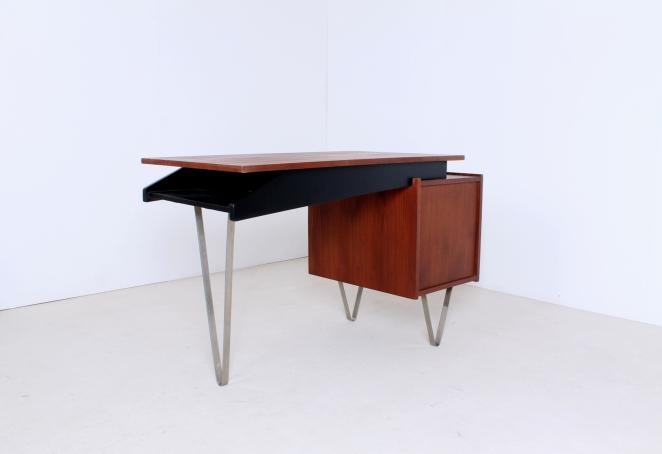skrivebord-Schreibtisch-writing-desk-kirjoituslipasto-scrivania-biurko-pastoe-cees-braakman-furntiure-meble-meubles-mobili-tavolo-table-Tabelle-fifties-design-3