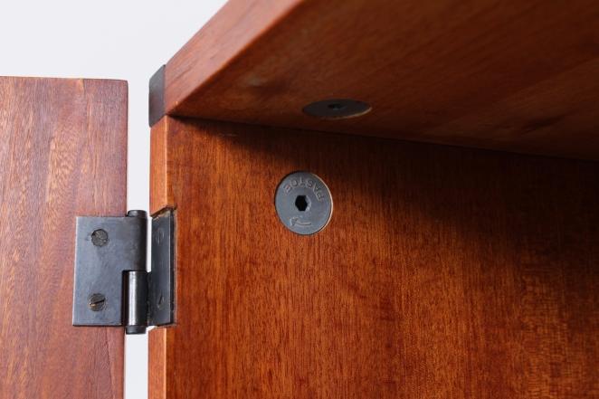 small-dresser-kommode-schrank-cabinet-50er-jahre-fifties-design-50s-buffet-1