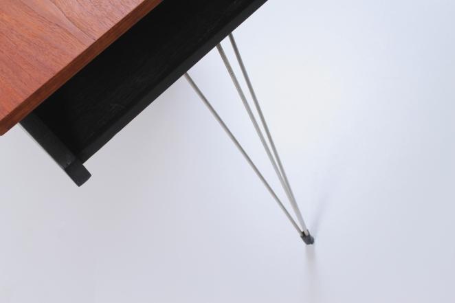 sprietpoten-secretary-counter-dutch-design-minimal-midcentury-fifties-furniture-bureautje-bureau-1