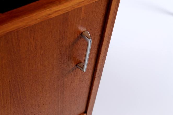 sprietpoten-secretary-counter-dutch-design-minimal-midcentury-fifties-furniture-bureautje-bureau-2