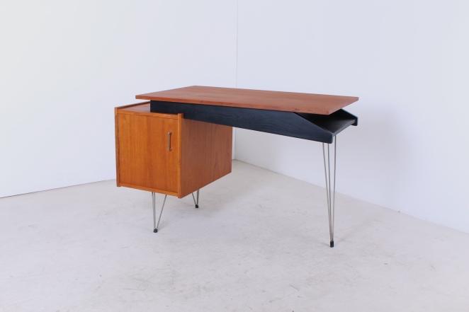 sprietpoten-secretary-counter-dutch-design-minimal-midcentury-fifties-furniture-bureautje-bureau-5