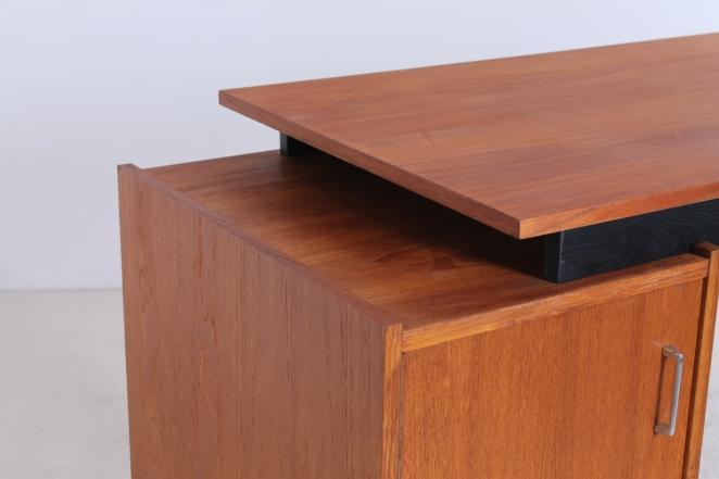 sprietpoten-secretary-counter-dutch-design-minimal-midcentury-fifties-furniture-bureautje-bureau-6