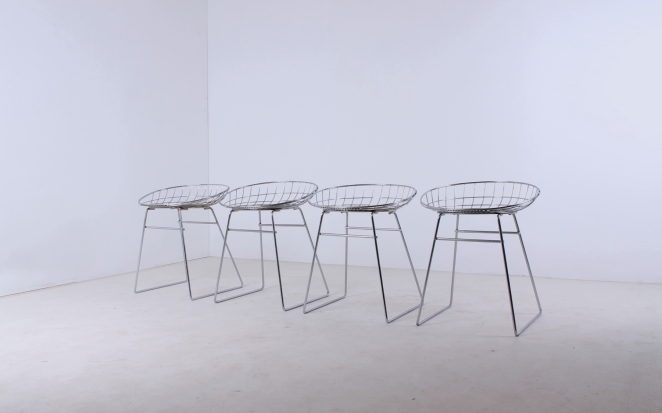 stühle-antik-holländisch-design-möbel-fünfziger-jahre-siège-conception-meubles-industriel-prouve-style-pastoe-cees-braakman-néerlandais-vintage-chairs-retro-