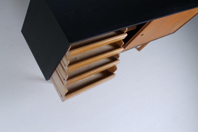 theo-arts-furniture-fifties-dutch-rare-minimal-design-black-pinewood-fifties-architecture-pastoe-goed-wonen-era-4