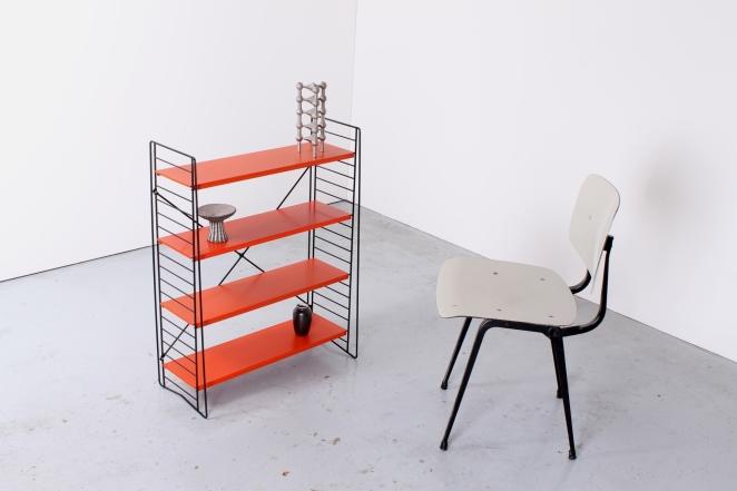 tomado-floor-unit-vintage-orange-metal-rack-bookshelfs-floor-stand-wire-wiring-retro-shelving-modular-system-room-divider-boekenrek-1