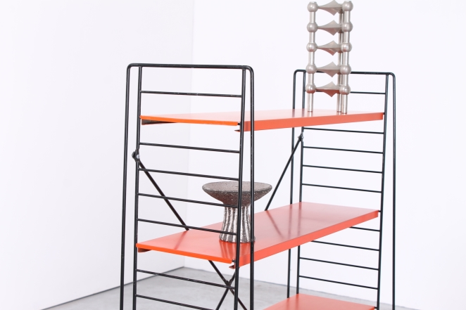 tomado-floor-unit-vintage-orange-metal-rack-bookshelfs-floor-stand-wire-wiring-retro-shelving-modular-system-room-divider-boekenrek-8