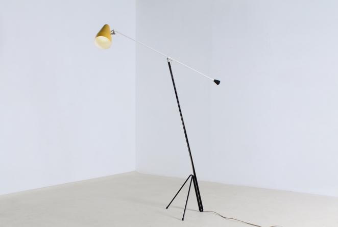 wim-rietveld-gispen-floor-light-6320-prior-panama-modernist-midcentury-mcm-industrial-lighting-dutch-design-minimal-insect-grasshopper-base-1