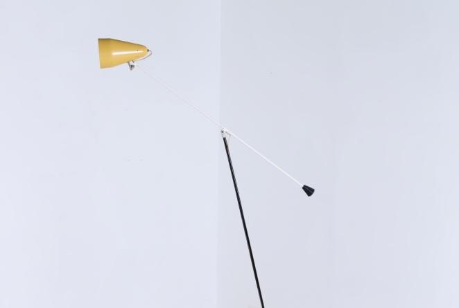 wim-rietveld-gispen-floor-light-6320-prior-panama-modernist-midcentury-mcm-industrial-lighting-dutch-design-minimal-insect-grasshopper-base-10