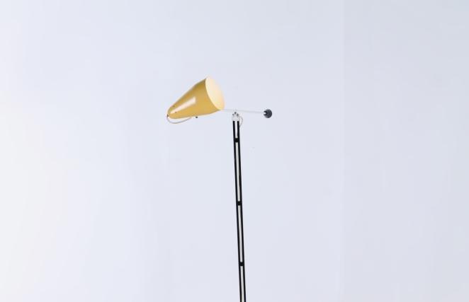 wim-rietveld-gispen-floor-light-6320-prior-panama-modernist-midcentury-mcm-industrial-lighting-dutch-design-minimal-insect-grasshopper-base-11