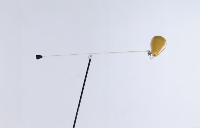 wim-rietveld-gispen-floor-light-6320-prior-panama-modernist-midcentury-mcm-industrial-lighting-dutch-design-minimal-insect-grasshopper-base-12