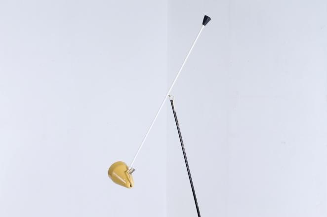 wim-rietveld-gispen-floor-light-6320-prior-panama-modernist-midcentury-mcm-industrial-lighting-dutch-design-minimal-insect-grasshopper-base-9