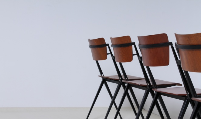 wim-rietveld-pyramid-chairs-ahrend-de-cirkel-dutch-design-vintage-industrial-design-netherlands-6