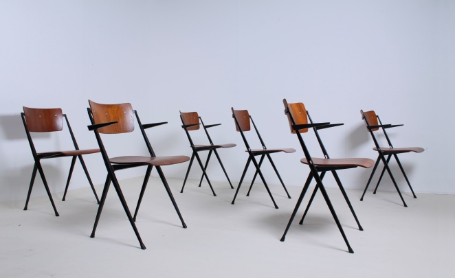 wim-rietveld-pyramid-chairs-ahrend-de-cirkel-dutch-design-vintage-industrial-design-netherlands-9
