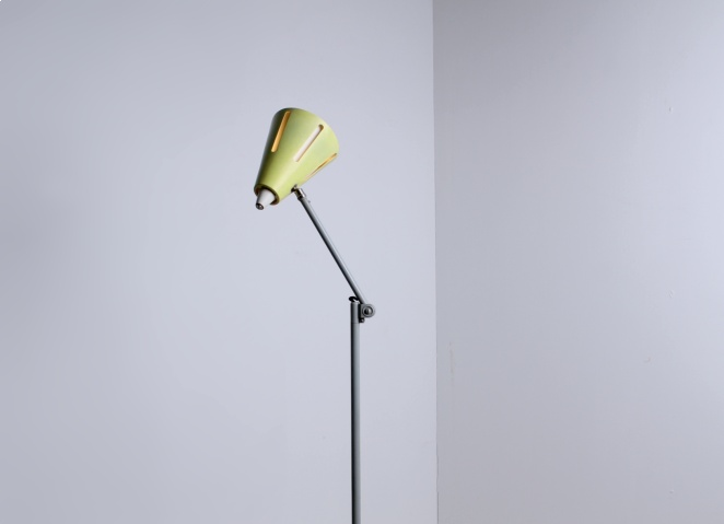 yellow-sun-series-floor-light-hala-busquet-dutch-design-vintage-fifties-adjustable-minimal-2
