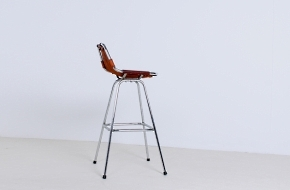 perriand-high-stool-vintage-natural-leather-les-arc-voor